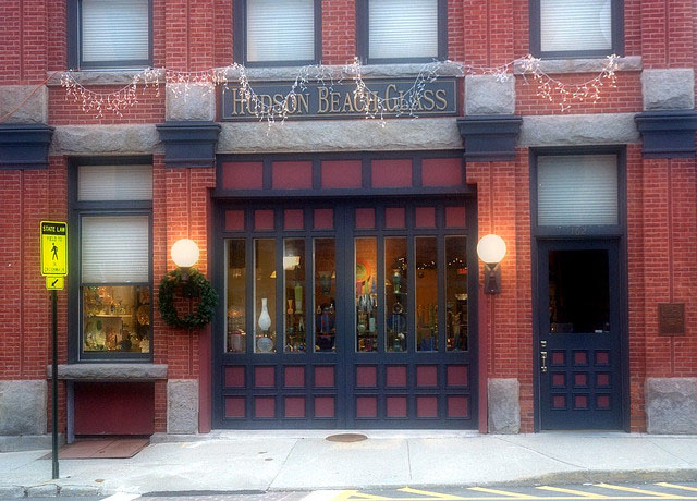 The storefront of Hudson Beach Glass.